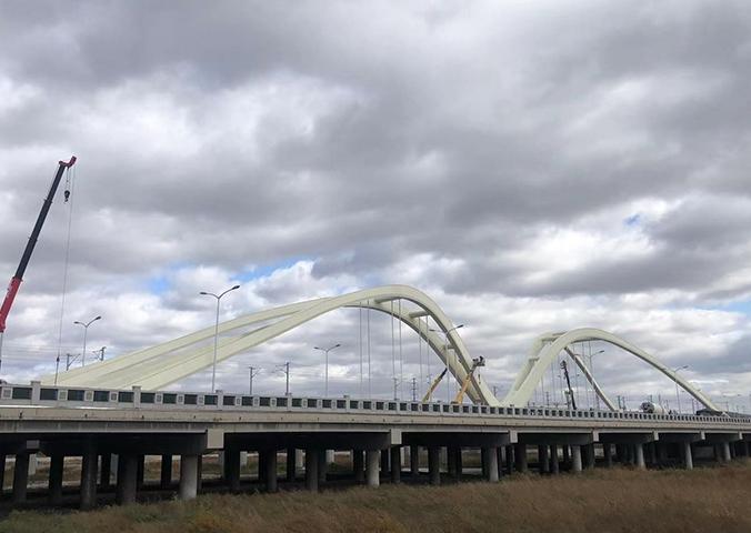 赤峰市腾飞桥