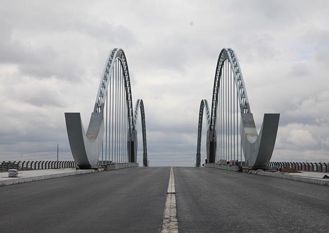 辽阳河东新城宏伟大桥